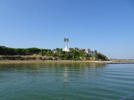 Villa naast de rio naar Alvor
